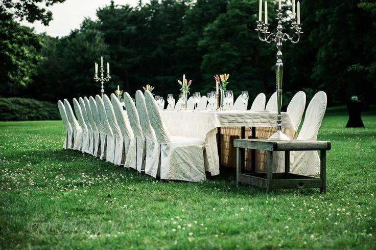 Bruiloft in Landgoed Den Alerdinck - Fotosolo Fotografie.. Buiten eten
