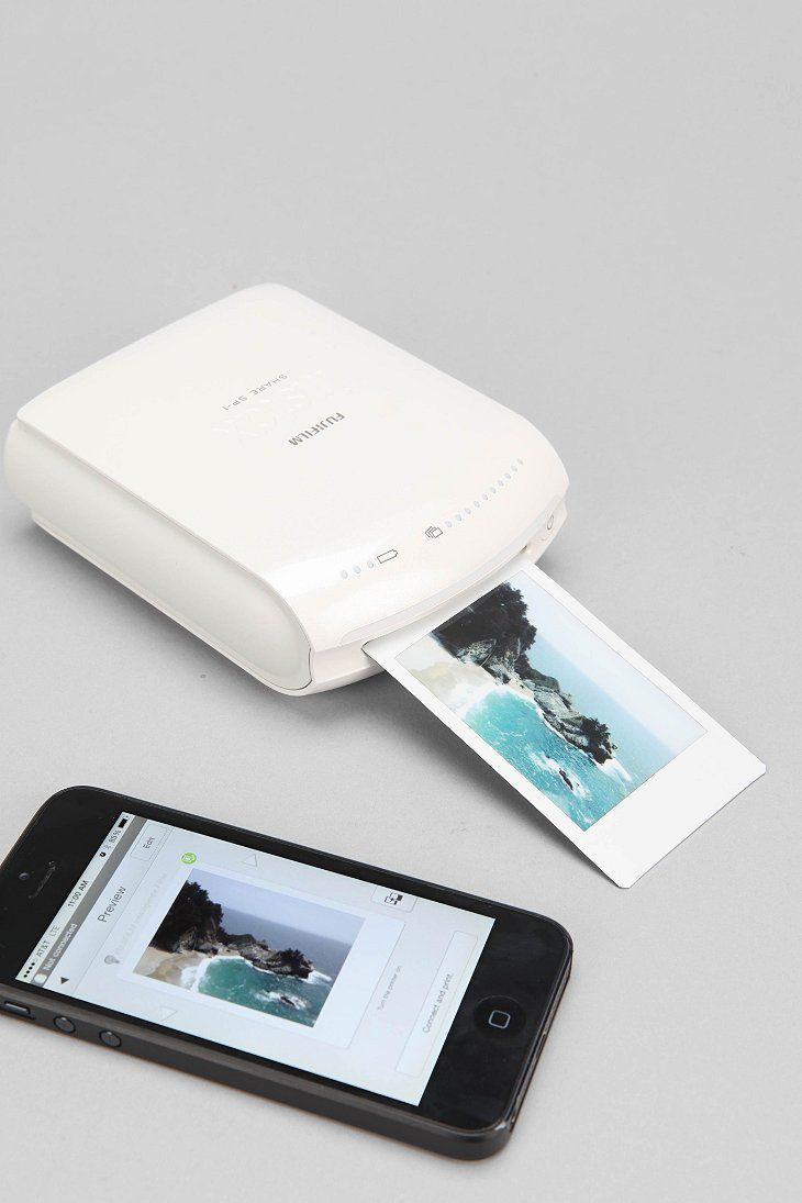 Fujifilm INSTAX Instant Smartphone Printer - so freaking cool! Perfect gift for a creative friend :]