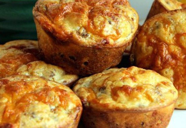 EASY PEASY CHEESEY MUFFIN - Real Recipes from Mums