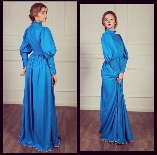 Платье аристократок Ulyana Sergeenko! Яркий голубой насыщенный цвет покоряет!!