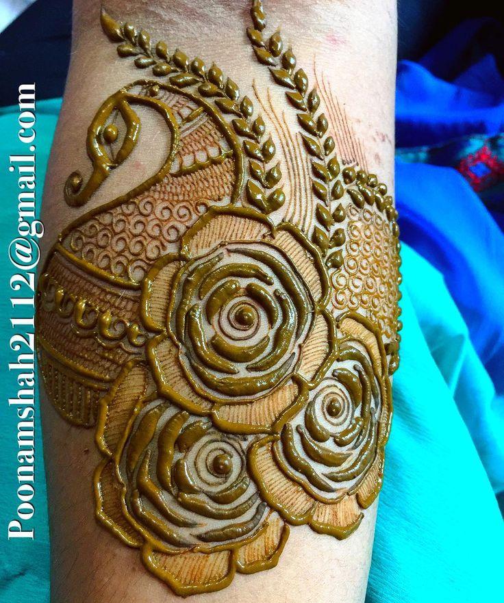 "3,975 Likes, 5 Comments - Poonam mehendi (@poonammehendi_hennaartist) on Instagram: ""FOR CLASSES AND BRIDAL ORDER BOOKINGS, CONTACT ON +919930042760. #mehendi #henna #bridal #design…"""