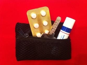 Çanta ve Aksesuar kategorisinde Bileklik Cüzdan: İlaç, anahtar, ruj... çantadan bileğe anında transfer!
