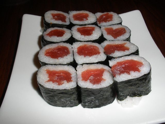 Sushi-Tuna Rolls | Food | Pinterest
