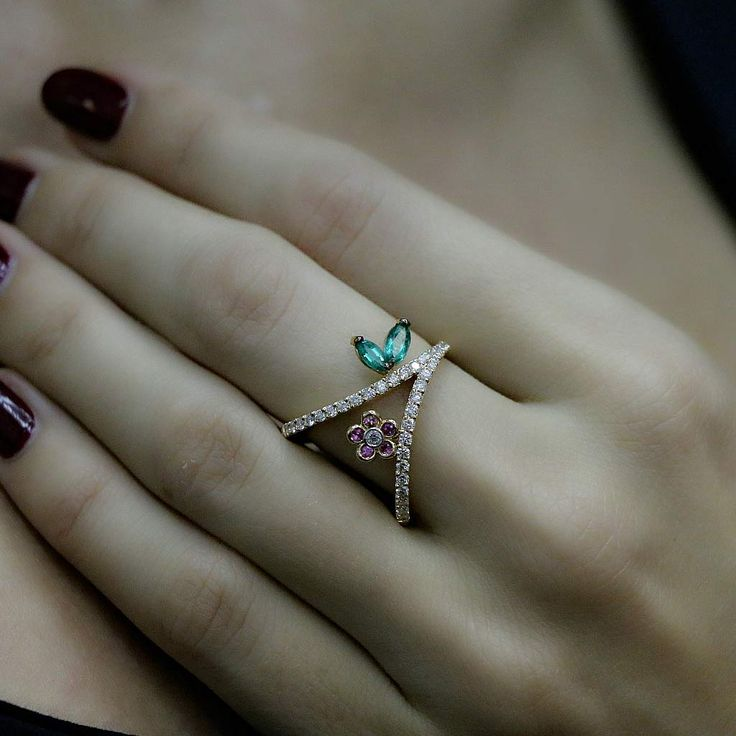 """""""Blues"""" Emerald Flower Ring - Plukka - Shop Fine Jewelry Online"""