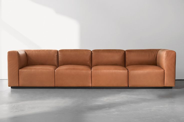 Walter Knoll Living Landscape. Een flexibele bank verkrijgbaar in meerdere varianten, zo is er ook Living Landscape fauteuil. www.deprojectinrichter.com/walter-knoll/