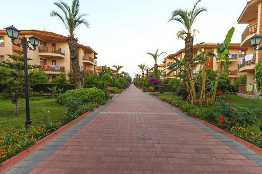 Hotel Eftalia Holiday Village is ideaal voor families met kinderen. Het uitgebreide All Inclusive concept, de verschillende waterglijbanen en de comfortabele kamers maken dit een perfect vakantieverblijf waar het hele gezin aan niets ontbreekt.