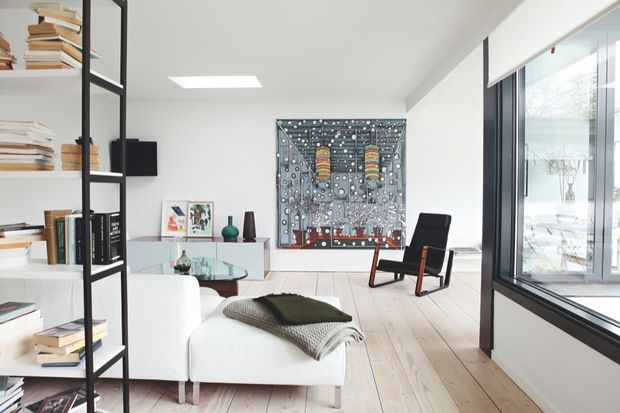 scandinavian retreat.: Light and art