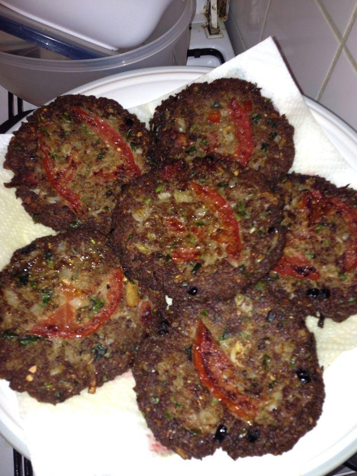 Chapli kabab peshawari persian food pinterest for Afghan kabob cuisine