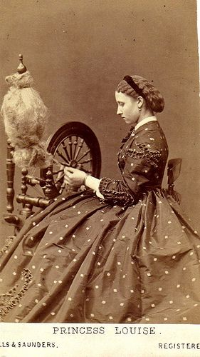 1860's photo of Princess Louise (1848 - 1939), who was a member of the British Royal Family, the sixth child and fourth daughter of Queen Victoria and her husband, Prince Albert. Photographer is Hills & Saunders out of Eton & Oxford, England.