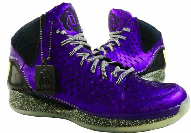01978d75f626 ... D Rose Nightmare Before Christmas adidas ...