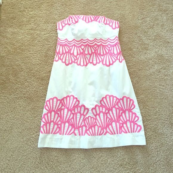 Lilly Pulitzer white dress sz 2 Excellent condition white strapless dress with pink embroidery ! Sept 10 collection Lilly Pulitzer Dresses