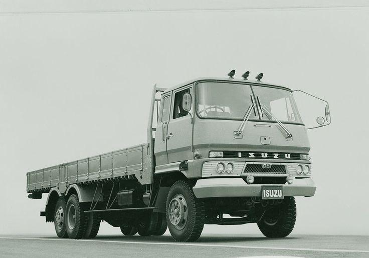 #Isuzu100 #SPEAKISUZU #IsuzuUK #Isuzu #truck #centenary #birthday #celebration #heritage #vintage #retro #blackandwhite