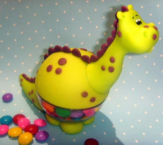 baleiro enfeite de mesa dinossauro by Biscuit na Festa, via Flickr