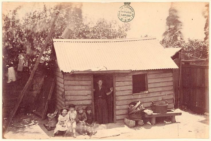 One bedroom house, Shaws Court', off Kent St (between Druitt & Fowler Streets). 1875, Mitchell Library