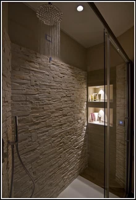 Lovely M: Bagno in stile in stile Moderno di Marco Maria Statella - Architect