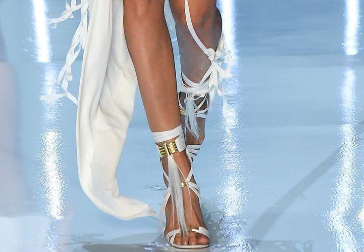 http://www.stylettissimo.it/le-scarpe-glam-autunno-inverno-20152016/
