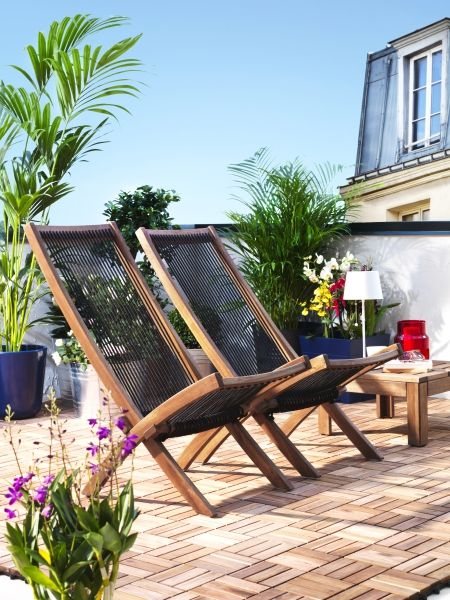 Make the most of any small backyard space to create a perfect sun soaking spot. BROMMÖ outdoor chaise lounge chairs, designed by IKEA.