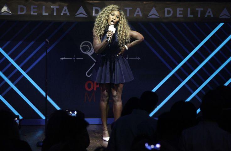 Serena Williams' karaoke performance brings down the house