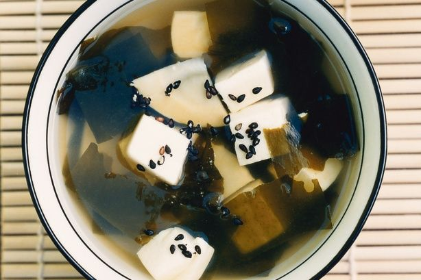Clear soup with bamboo and tofu main image