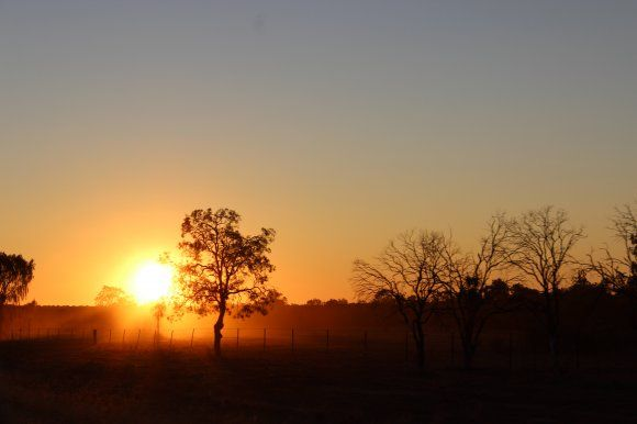 DUSTY OUTBACK SUNSET, LIGHTNING RIDGE, OUTBACK IN NEW SOUTH WALES