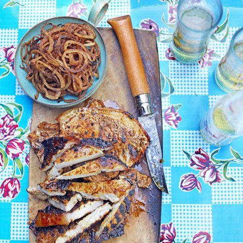 Karbonades met pittige uiringen recept - Jamie magazine