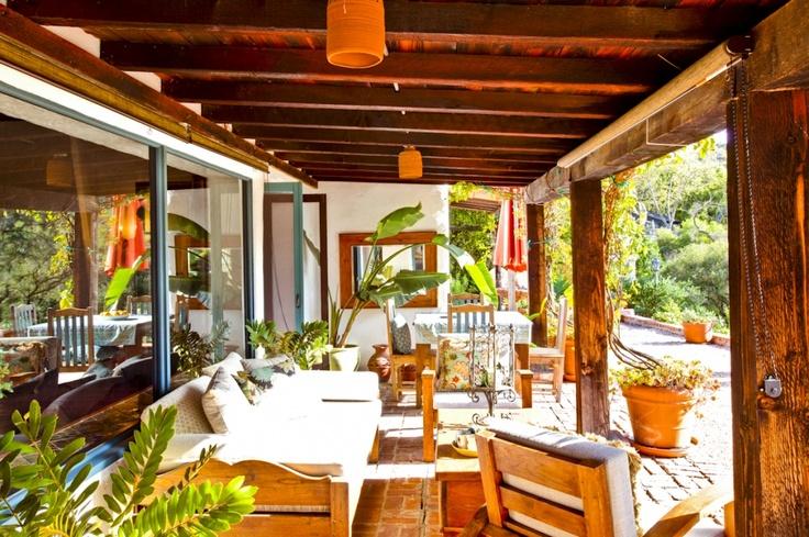 Entrada, Malibu:  Eateri