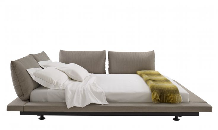 Peter Maly 2 bed by Ligne Roset