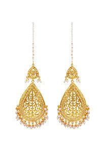 Fashion Personified with Karigari Fashion Imitation Artificial Jewellery