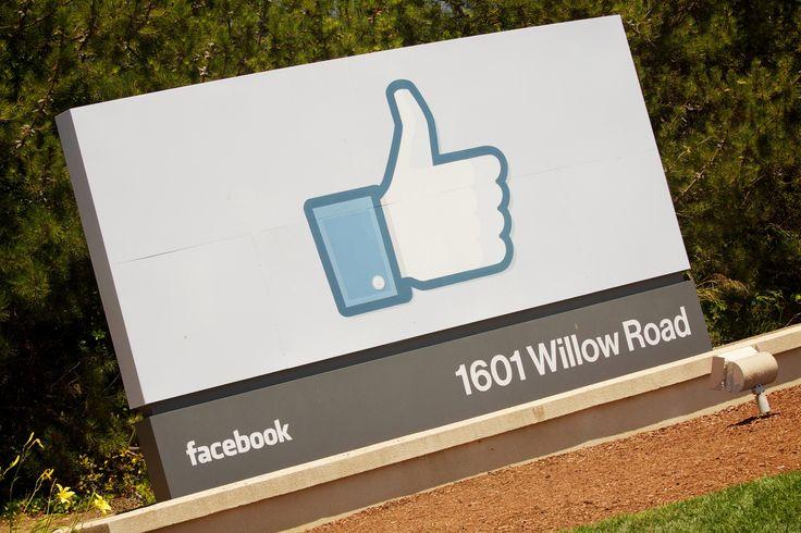 Facebook brings its AR, VR, and consumer hardware teams closer together https://link.crwd.fr/264i