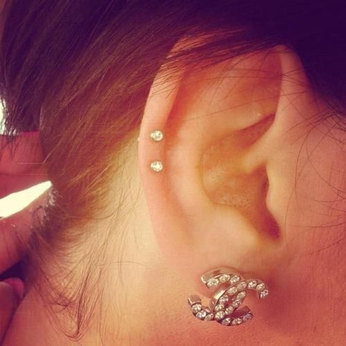 18 Cute And Unexpected Ear Piercings. Ahhh I want all of them, I wish I had more ears..........na not really that'd be creepy.