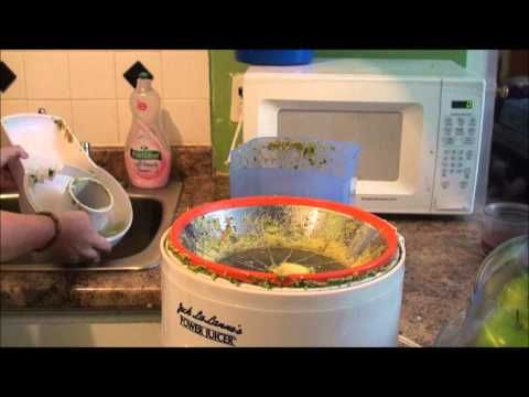 How To Clean a Jack LaLanne Juicer - http://superdetoxdiet.com/how-to-clean-a-jack-lalanne-juicer/