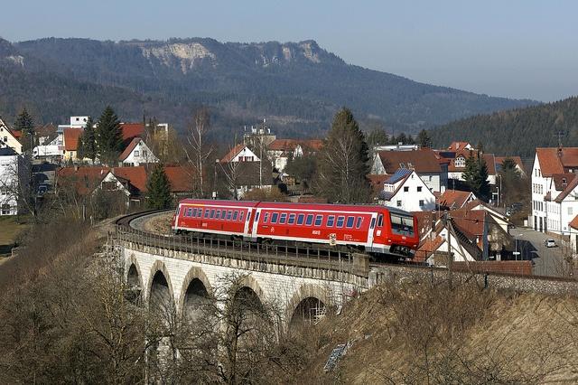 Tilting train on the railway viaduct of Lautlingen on the Schwäbische Alb (Swabian Highlands).