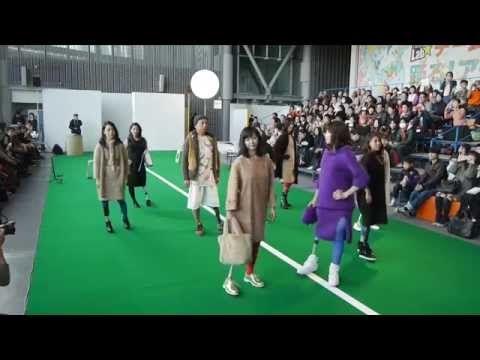 """義足のファッションショー """"Rhythm of athletics"""" フルバージョン - YouTube"""