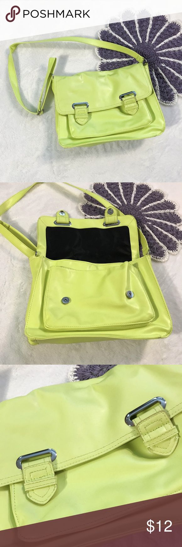 "Mondani New York Neon Yellow Messenger Bag This Mondani New York bag was sold at Target.  Bright and fun messenger style purse with magnetic closure and adjustable strap.  Bag has some signs of wear from use (see photos).  Size: 13"" x 9"" x 3"" Mondani Bags Shoulder Bags"