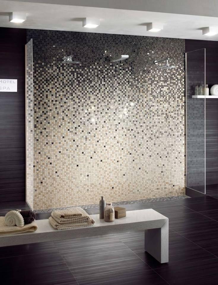 Ha szeretnél valami egyedit, akkor ajánlom a mozaikkal díszített falat. Ezt kedvedre alakíthatod. Például Te választod ki a színeket, azoknak a keverési arányát. De meglévők közül is választhatsz, ami akár kerámia - üveg - kristály keveréke is lehet.