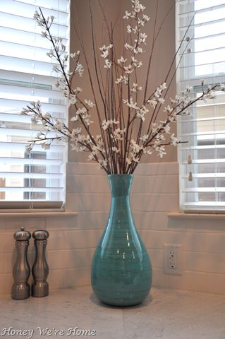 Bathroom idea the vase would be perfect for spare for Bathroom decor vases
