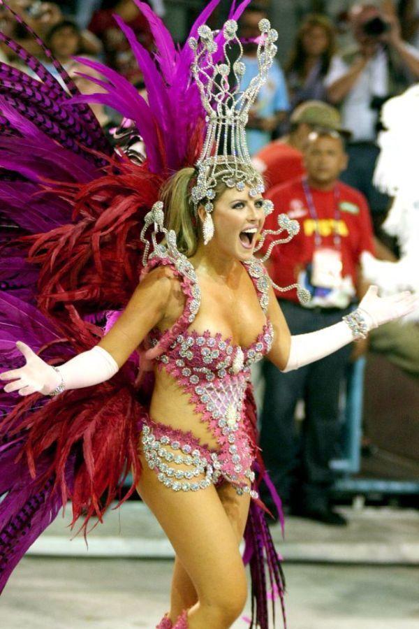 Brazilian girl blowjob gif