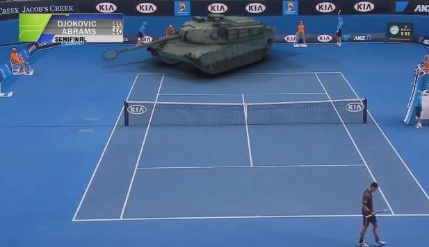 Una final de tenis en la que Djokovic juega contra una tanque, te lo vas a pasar genial con el siguiente vídeo de risa.