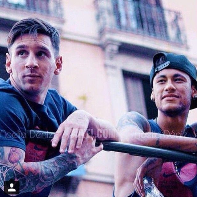 I just love this picture so much. <3 Neymar and Messi