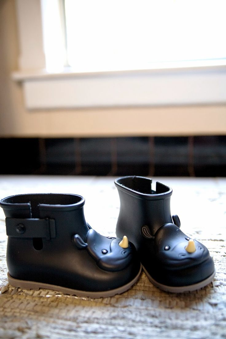 Photo via my blog Grey Star Kids  / Mini Melissa Rain Boots