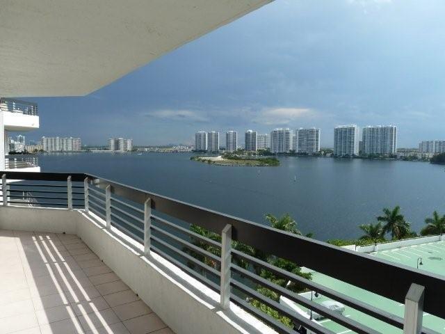 Mystic Point, Mystic Point, Aventura, Aventura, Florida – REAL ESTATE  CARMEN ZUNIGA REALTOR    Call Carmen ZUniga (BUY, SELL OR RENT - BUY SELL OR RENT)  Professional Real Estate  9542977718   www.carmenzunigarealtor.com