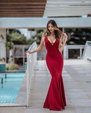 8a4a3ada2 Vestido Longo Sereia Madrinha Alça Fina Decote com Tira (cor Marsala) -  Nathália Rezende