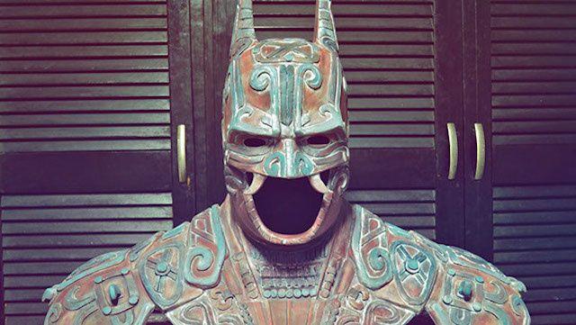 El mexicano Kimbal ha retomado elementos de la cultura maya para crear este traje de Batman. #TheCreatorsProject #TCPMex