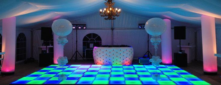 Video's - Welkom op de website van DJ Wicky - Wicky Entertainment - Geslaagde bedrijfsfeest, bruiloft, schoolfeest of karaokeshow!