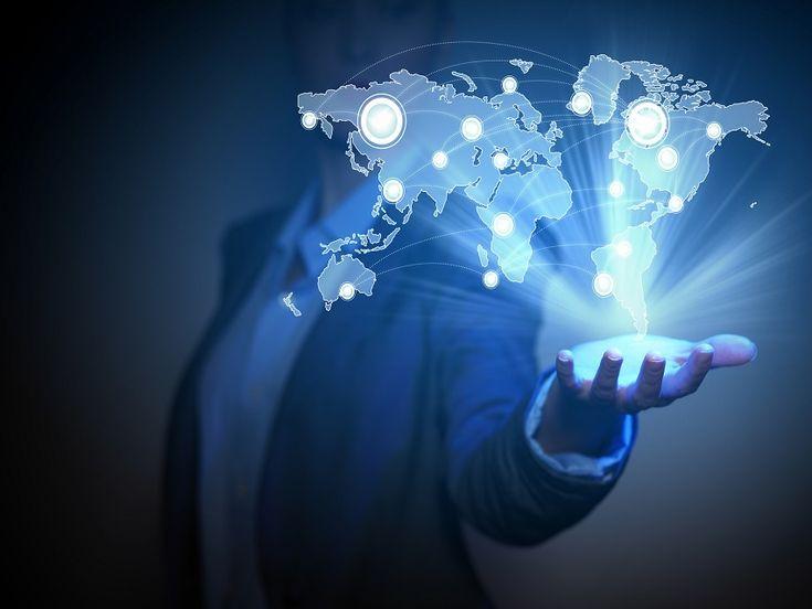 Dijital dönüşüm ve Endüstri 4.0 ile birlikte ulaşılacak yeni seviyede, insanların, nesnelerin ve sistemlerin birbirleri ile bağlantısı yaygın ve etkin bir şekilde gerçekleşmiş olacaktır. Ulaşılacak bu yeni seviyenin büyüme, istihdam, yatırımlar, iş dünyası, akademi dünyası ve devletler için getireceği fırsatlar ve sorumluluklar neler olacaktır ? Bu çevrelerin, Endüstri 4.0 'dan beklentileri neler olmalıdır?