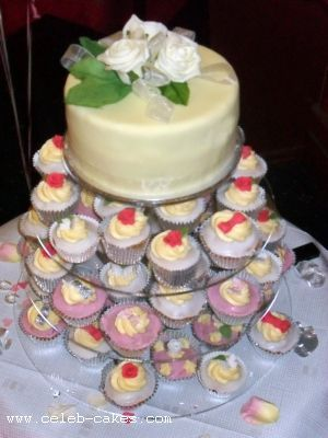 Weddings Cakes Serving Alfreton Derbyshire and Nottinghamshire