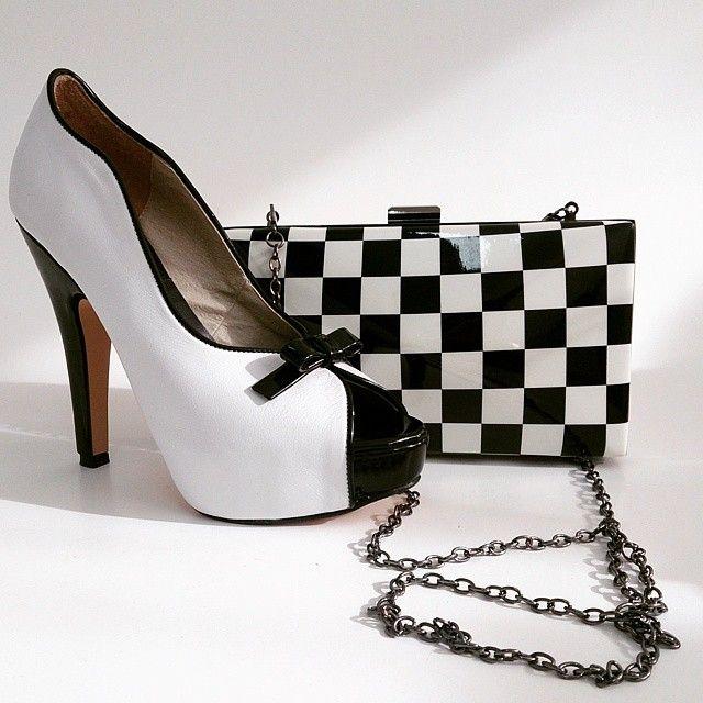 MarF Zapatos - Modelo: Diamella Blanco y Negro charol