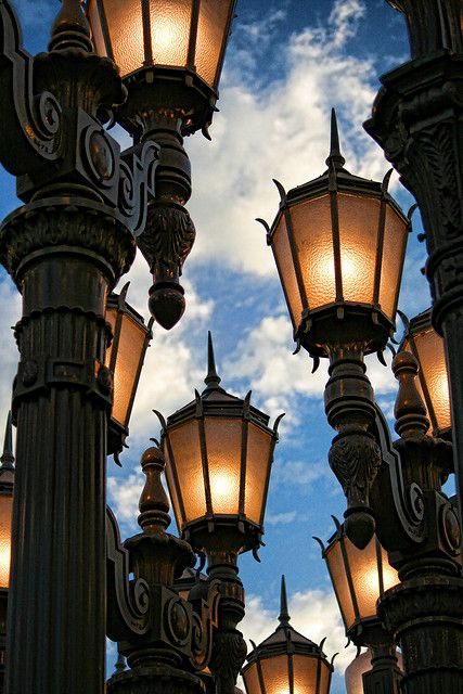 street lights in los angeles, an area where they have a mile of restored antique lights