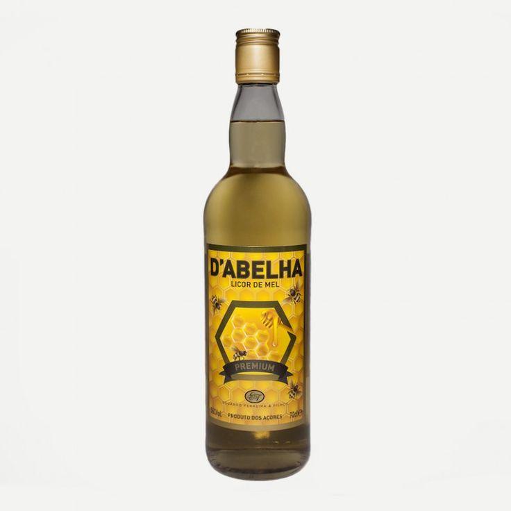 D'Abelha Licor de mel produzido pela empresa Eduardo Ferreira & Filhos, Lda. Licor feito com mel dos Açores, sem corantes nem conservantes.  Álcool: 36% vol.  Garrafa de 700 ml.