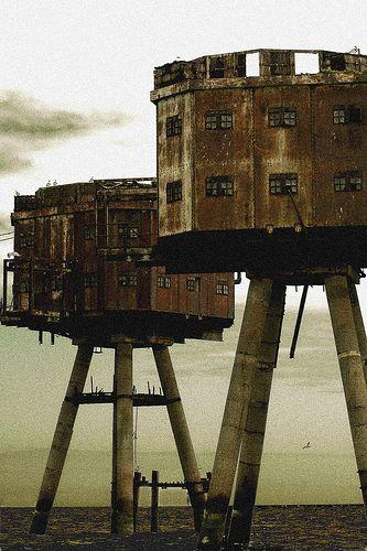 Abandoned Sea Forts - UK  ( want )